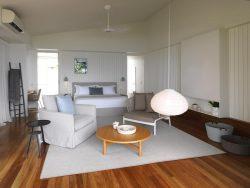 beachfront-suite-bedroom-49174